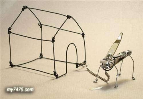 强人用铁丝做的工艺品