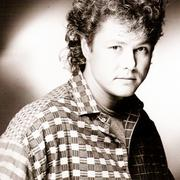 歌手Dan Hartman的头像