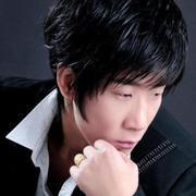 歌手杨文龙的头像
